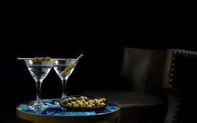 Drinks og cocktails – hvad er forskellen?