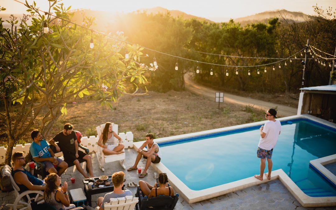 En pool med plads til hele familien
